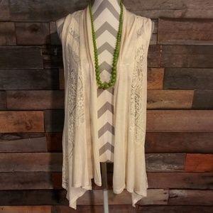 NWT. Women's sleeveless AB Studio Cardigan Size XL